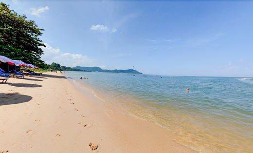 ขายที่ดินติดทะเลพัทยา ชลบุรี เนื้อที่ 2 ไร่ 2 งาน 35 ตรว. ติดชายหาด อยู่ติดกับโรงแรมชื่อดัง